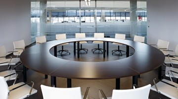 Cool 300 Circular Boardroom Table